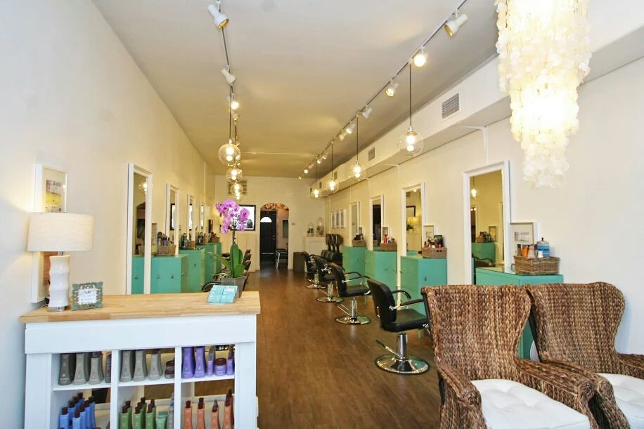 Vamp Hair Studio