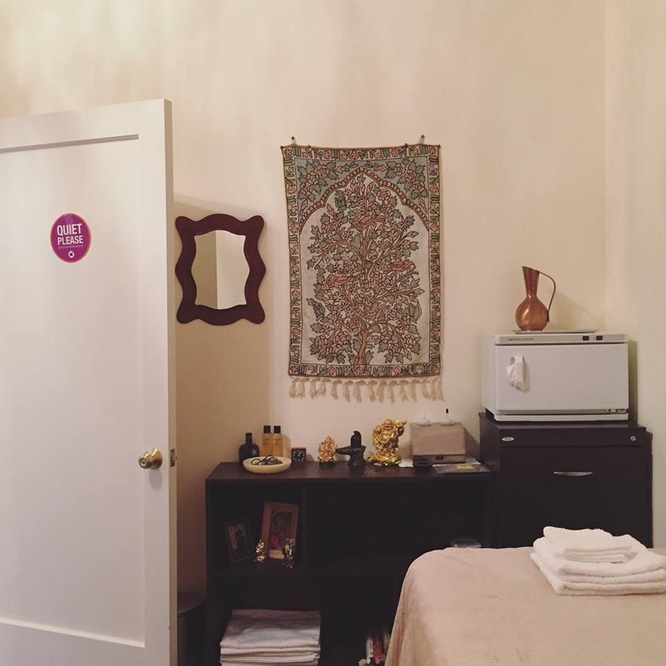 Yoga Spa Lounge1881