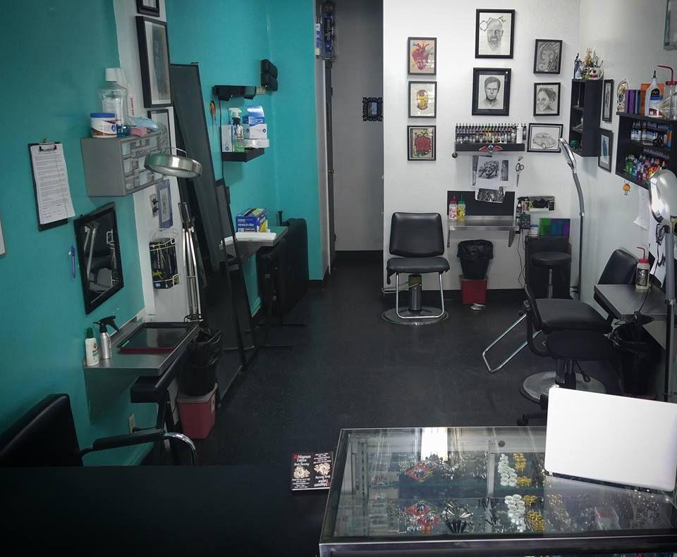 13 Magnum Tattoo Shop