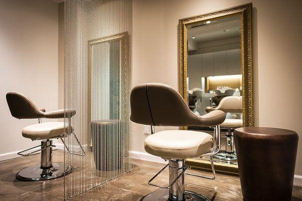 Salon Kinya