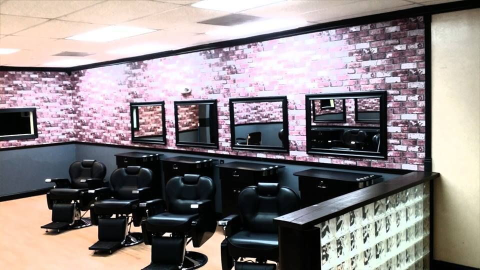 Legends Barbershop & Style, 2334 Fortune Rd
