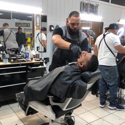 Lorenzo - Endevurs Barber lounge