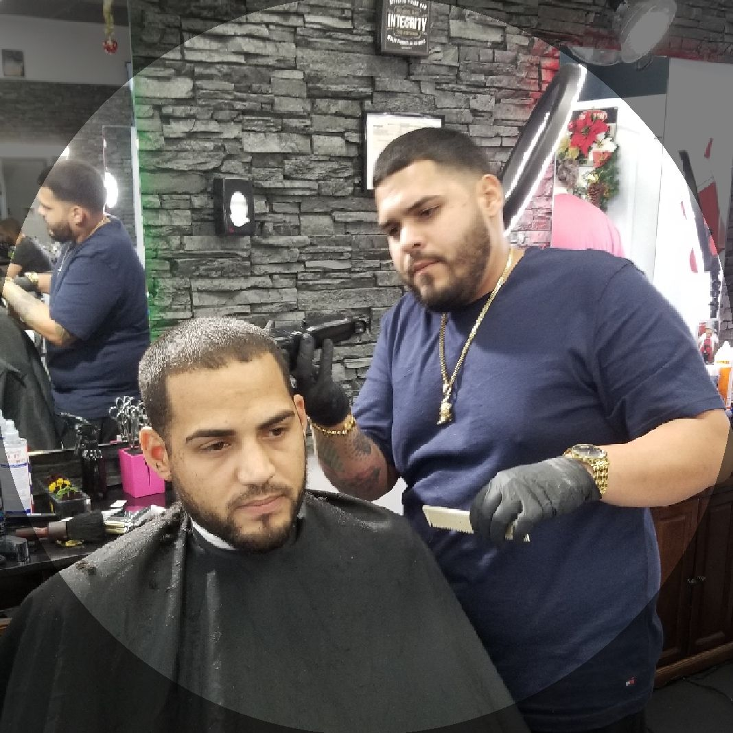 Royal Cuts Styles Men S Hair Studio Book Appointments Online Booksy