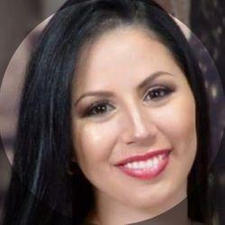 Lisett Ruiz - Lisi Nails At Eli's Beauty