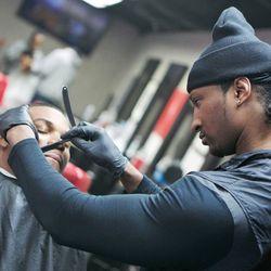 Howie Da Barber - Strickly Skillz Hair Studio